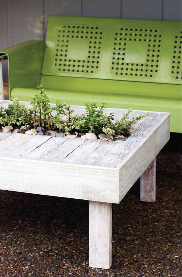 Diy_table_with_plants
