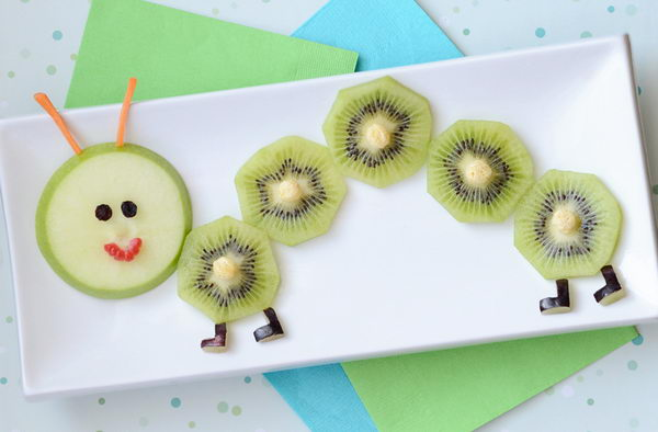 17-fruity-caterpillar-snack-for-kids