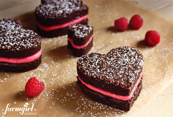 600_X_IMG_3309_fudgy_brownie_hearts_with_fresh_raspberry_buttercream