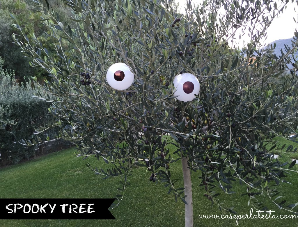 Decorare il giardino per Halloween * Halloween garden ...