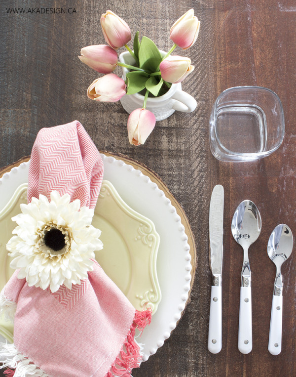 Pink-and-mint-easter-table-setting-1